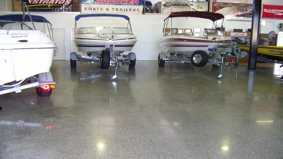 concrete floor polishing for showrooms