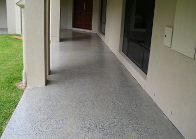 320 m2 of existing undercover concrete - 30, 60, 100 grit grinds - 3 x coats solvent acrylic (3)